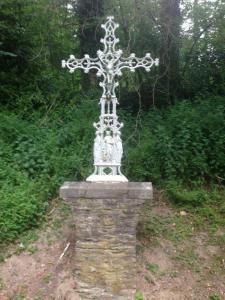 Fontaine Saint Fursy et le Calvaire